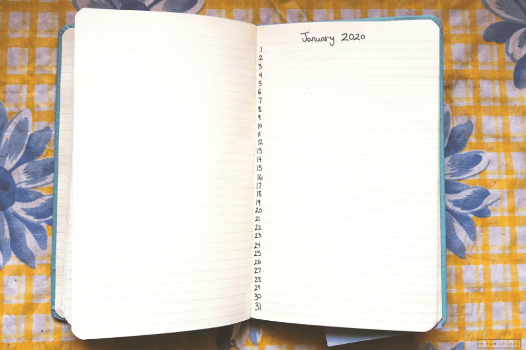 DIY Gratitude Journal 2020 for those on a budget using only a notebook and pen.